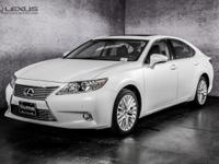 2014 Lexus ES 350. Nav! All the right ingredients! To