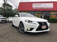 Fast and Easy Credit Approval! This Lexus includes: