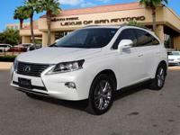 FUEL EFFICIENT 25 MPG Hwy/18 MPG City! CARFAX 1-Owner,