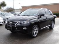 EPA 25 MPG Hwy/18 MPG City! CARFAX 1-Owner, LOW MILES -