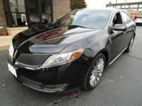 Lincoln Certified Pre-Owned 2014 LINCOLN MKS AWD,