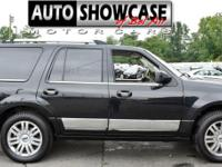 This 2014 Lincoln Navigator 4dr 4WD 4dr features a 5.4L