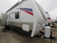 2015 LONGHORN 33BH - BUNKHOUSE WITH OUTDOOR KITCHEN.