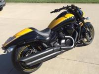 I am selling my 2014 Suzuki M109R, due to a pinched