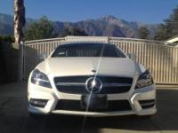 PERFECT CONDITION 2014 MERCEDES BENZ 550CLS w/AMG