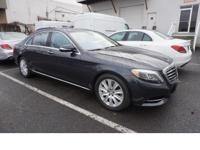 This 2014 Mercedes-Benz S-Class S550 4MATIC boasts
