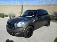 1 OWNER!!, LEATHER!!, BLACK ALLOY WHEELS !!, MP3/CD