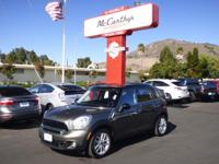 Options:  2014 Mini Cooper Countryman S|Clean Carfax.