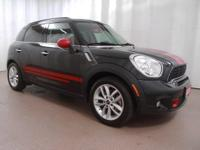 2014 Mini Cooper S Countryman  CARFAX One-Owner. Clean