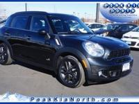 Exterior Color: absolute black metallic, Body: Wagon,