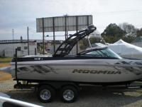 2014 Moomba Mobius LSV 2014 Moomba Mobius LSV Blow out