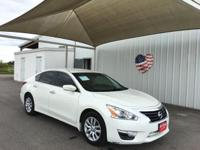 Load your family into the 2014 Nissan Altima! It just