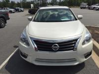 Options:  2014 Nissan Altima 4Dr Sdn I4 2.5 Sl. Only