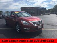 2014 Nissan Altima 2.5 S in Maroon vehicle highlights