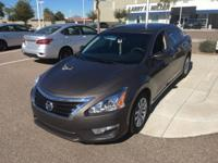 4 Cylinder  Options:  Cvt|This 2014 Nissan Altima 2.5 S