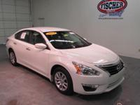 2014 Nissan Altima 2.5 S ** Color Backup Camera **  38