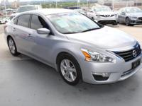 CARFAX 1-Owner. FUEL EFFICIENT 38 MPG Hwy/27 MPG City!