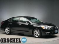 2014 Nissan Altima 2.5 SL Super BlackCarfax One-Owner.