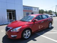 This 2014 Nissan Altima 2.5 SL is offered to you for