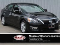 This 2014 Nissan Altima 2.5 SL comes complete with