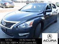 Bluetooth and NO ACCIDENT HISTORY ON CARFAX. Front dual