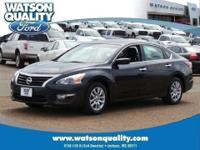 Feast your eyes upon our 1-Owner 2014 Altima 2.5S