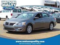 Our One Owner 2014 Altima 2.5 S glistens for you in Gun