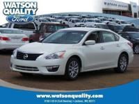 Our One Owner 2014 Altima 2.5 S glistens for you in