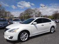 2014 Nissan Altima 4dr Car 2.5 SL Our Location is: