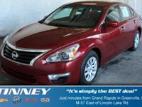 Excellent Condition. CARFAX 1-Owner. 2.5 S trim. FUEL