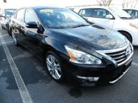 This 2014 Nissan Altima 3.5 SL is offered to you for
