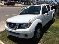 Options:  2014 Nissan Frontier S|Glacier White|Looks