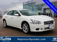 CARFAX One-Owner. Clean CARFAX. White 2014 Nissan