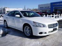 Does it all! Nissan FEVER*** Includes a CARFAX buyback