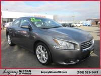 Cruise in complete comfort in this 2014 Nissan Maxima!