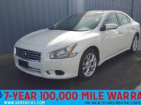 This 2014 Nissan Maxima 3.5 SV w/Premium Pkg is offered