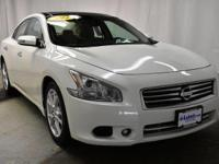 This 2014 Nissan Maxima 3.5 SV w/Premium Pkg is proudly