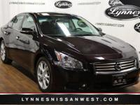 ** DUAL SUNROOF / MOONROOF **, ** LEATHER **, ** CLEAN