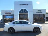 Exterior Color: pearl white, Body: 4dr Car, Engine: