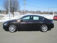 Exterior Color: midnight garnet metallic, Body: Sedan,