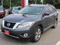 Gy 2014 Nissan Pathfinder Platinum 4WD CVT with Xtronic