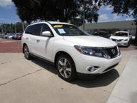 2014 Nissan Pathfinder ** PLATINUM Package ** Leather