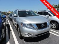 CARFAX One-Owner. Clean CARFAX. 2014 Nissan Pathfinder