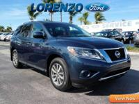 Options:  2014 Nissan Pathfinder|Blue/|V6 3.5 L