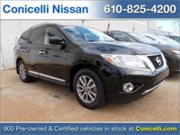 New Arrival! 4WD, Priced below Market! CarFax One