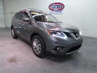 2014 Nissan Rogue SL ** Panoramic Moonroof ** Leather