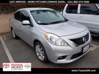 Options:  2014 Nissan Versa 1.6 Sl|Silver|40 Mpg|Clean