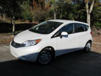 This 2014 Nissan Versa Note 4dr SV features a 1.6L 4