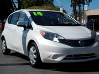 Options:  2014 Nissan Versa Note Sv|Aspen White