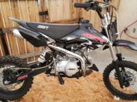 2014 pit bike in excellent condition 125cc $650 for